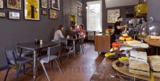 Memulai membuka usaha cafe dengan modal kecil